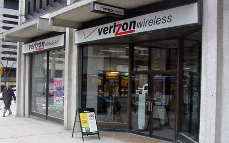 "Verizon Admits Capping EVDO, Removes ""Unlimited"" From Marketing"