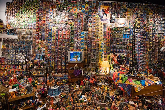 Action Figure Museum Turns a Nerd's Bedroom Into an Art Gallery