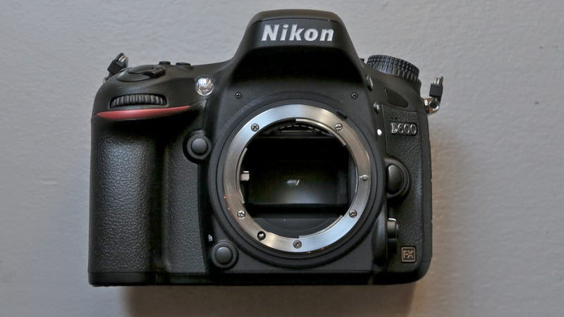Nikon D600: A Professional Camera This Loaded Cannot Possibly Be This Cheap