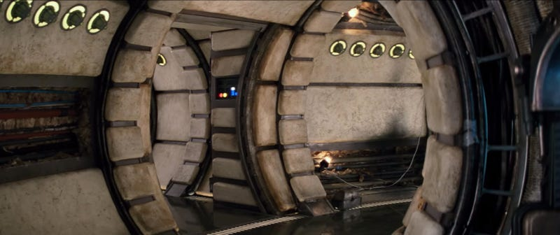 A shot by shot breakdown of the new star wars the force for Interior halcon milenario
