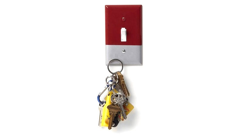 A Light Switch Cover That's Attracted To Your Keys