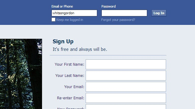 Facebook Distractions, Ereader Organizers, and Beer Bottles