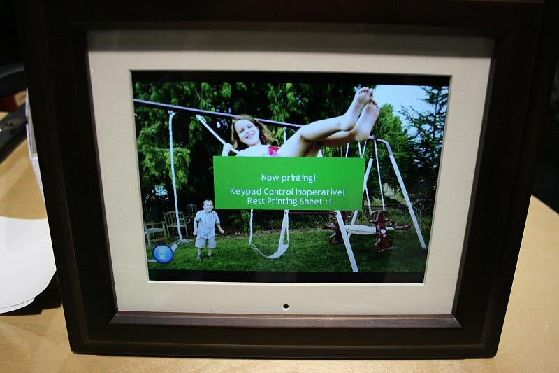 An Unfortunate Grope of SmartParts' Fugly Digital Photo Frame/Printer