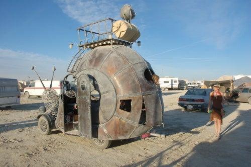 Burning Man's Evolutionary Mutant Vehicles