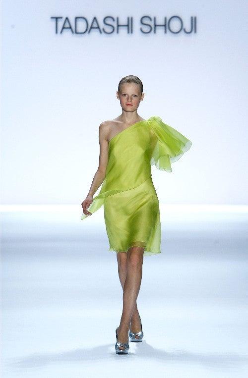 Fashion Show: Tadashi Shoji