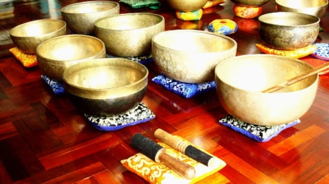 Physicists make Tibetan bowls sing, fizz, and spit