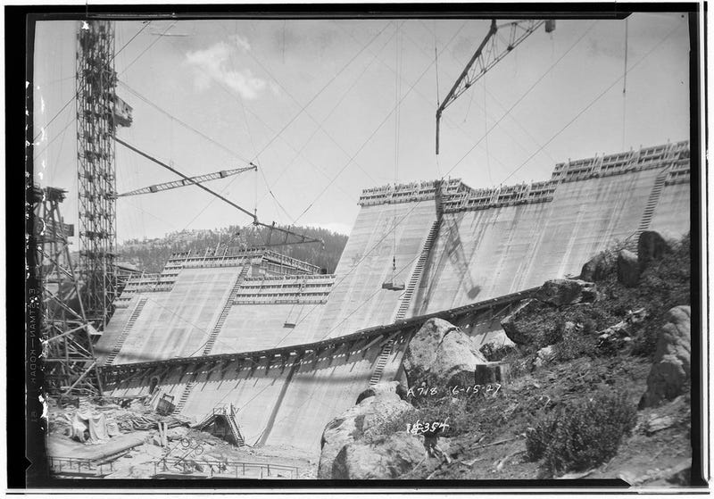 17 Incredible Photos From the Dawn of California's Electrical Age