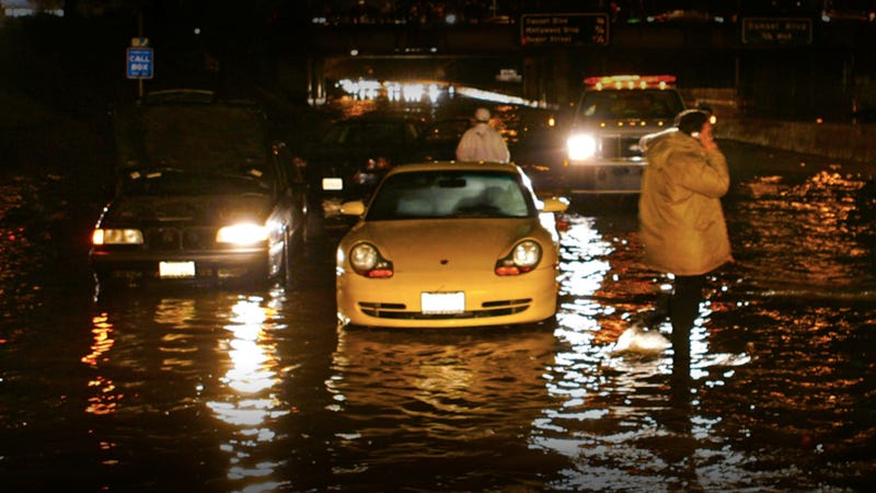 L.A. drivers suck at driving in the rain
