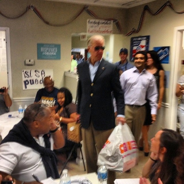 Aviator-Wearing Joe Biden to Dunkin' Donuts: 'You're Welcome'