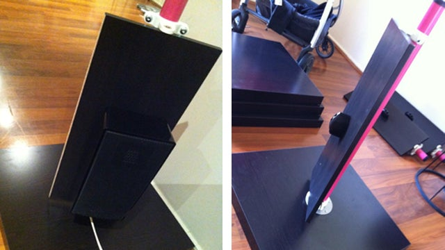 These DIY Adjustable Speaker Stands Save Your Walls from Damage