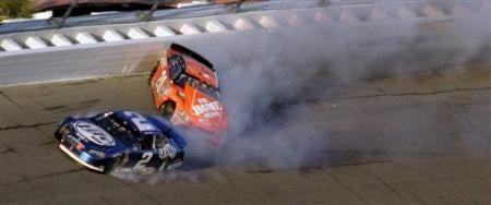 Daytona 500 Live-Blog: Tony Stewart's Loose Ass Causes A Problematic Crash