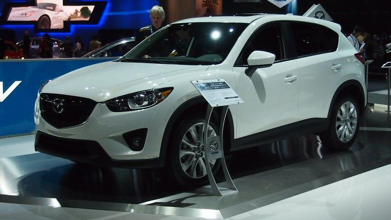 Mazda CX-5: Live Photos