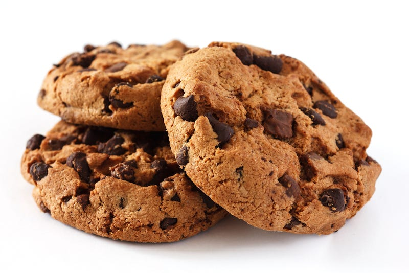 Woman Eats Cookies For Breakfast, Roommate Attempts to Murder Her