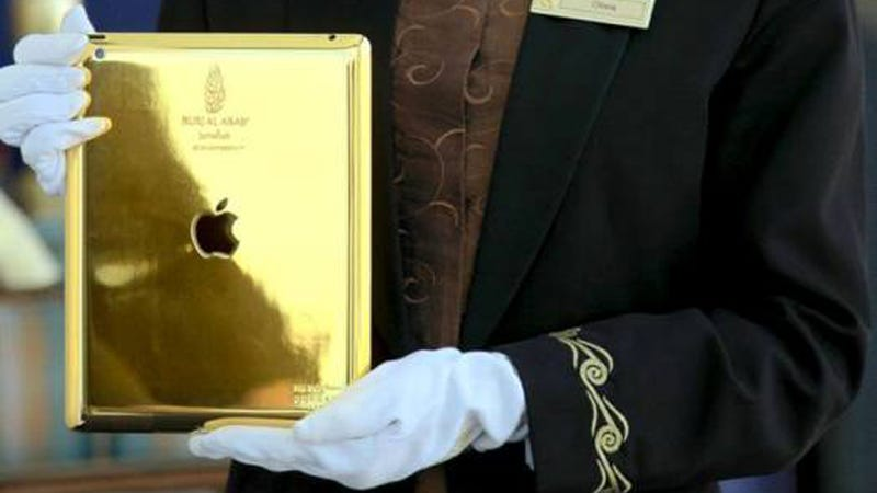 Receiving A Gold Plated iPad At Hotel Check-In Is Normal, Right?
