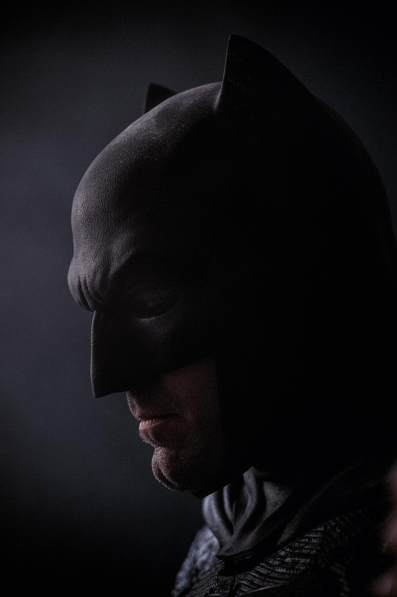 Pic of Ben Affleck in the Bat Cowl for real!