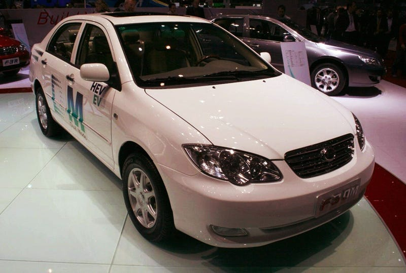 BYD F3DM Extended Range Electric Car Launches In China, Out-Volt's Prius And Volt