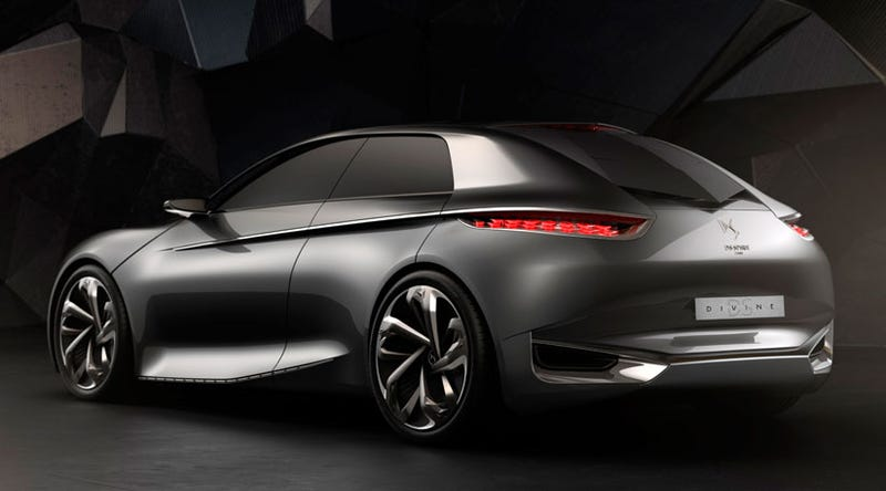 The (Not Citroën) DS Divine Concept Is Like The World's Funkiest Golf