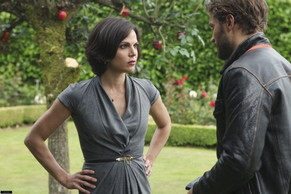 "Once Upon a Time 1x02, ""The Thing You Love Most"" Pictures"