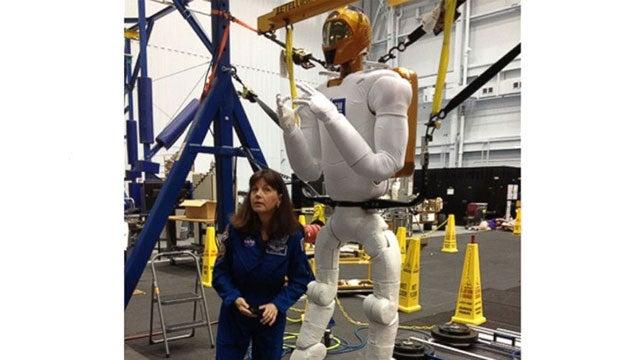 NASA's Robonaut Is Getting Some Weird-Looking Legs