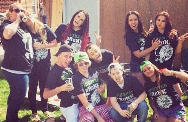 "North Dakota Students' ""Siouxper Drunk"" Shirts Are Super Racist"