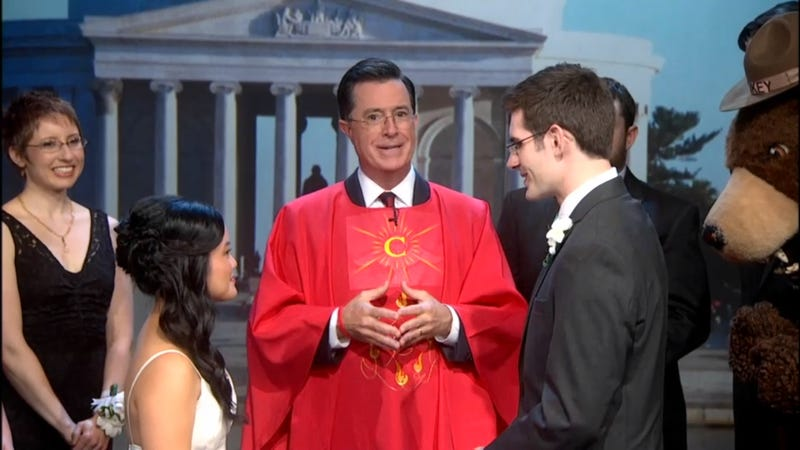 Stephen Colbert Marries Couple Whose Wedding Was Ruined by the Shutdown