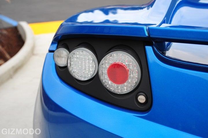 What It Feels Like to Drive a Tesla Roadster