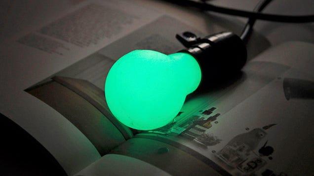 Cómo fabricar bombillas de silicona que emiten luz sin electricidad
