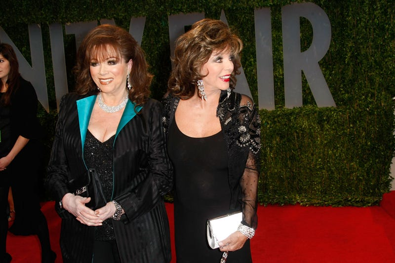 Sister Act: Jackie & Joan Collins Step Out