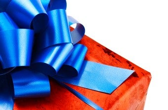 Social Minefield: How To Give A Perfect Present