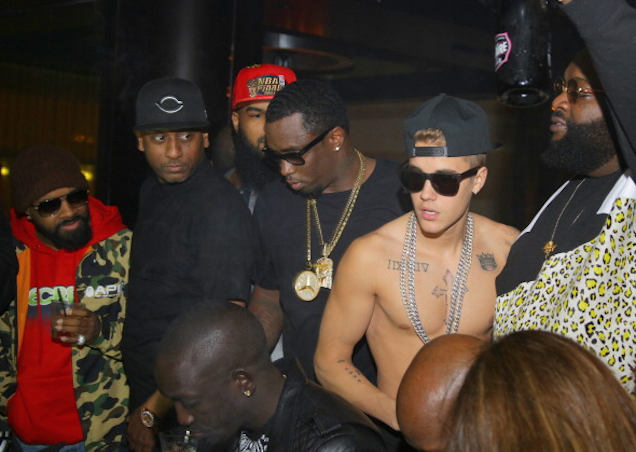 Justin Bieber's Crazed Fans Want to Remind You He Has Black Friends