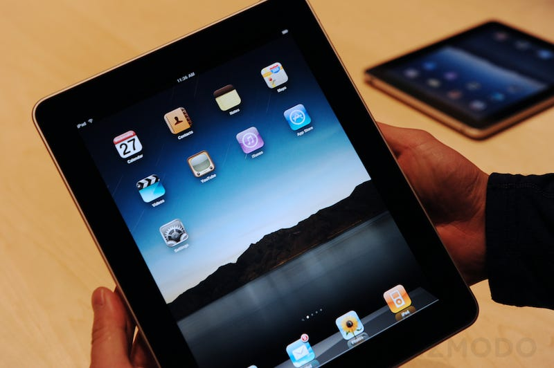 Steve Jobs: Flash Video Would Make the iPad Battery Life 1.5 Hours