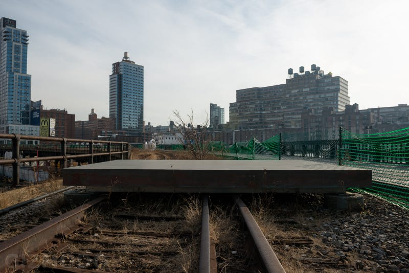 Tour the Hidden Art Gallery on the High Line's Last Unfinished Stretch