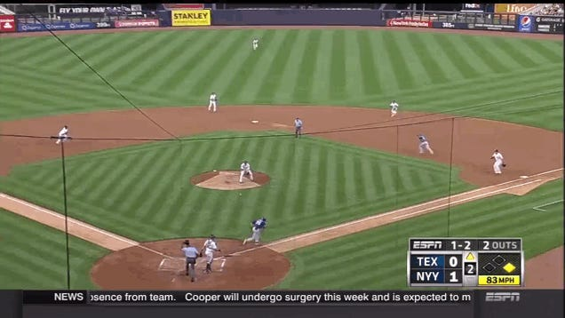 Yankees Pitcher Shane Greene Can't Throw To First To Save His Life