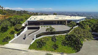 <i>Minecraft's </i>Creator Buys The Most Expensive House In Beverly Hil