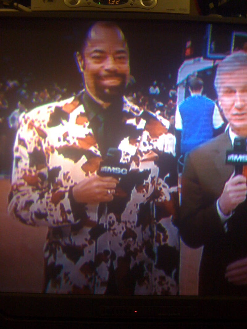 Walt Frazier Is Explaining And Splatter Painting