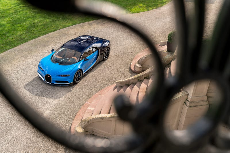 'Bugatti Chiron: This Is A Lot More Of It ' from the web at 'http://i.kinja-img.com/gawker-media/image/upload/s--6Y6UVMAw--/c_scale,fl_progressive,q_80,w_800/f0eard3w65cvuabfaui9.jpg'