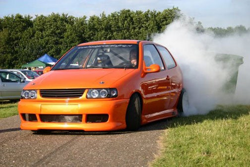 Hayabusa-Powered VW Polo Burns The Right Tires