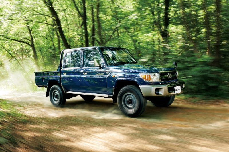 Toyota Is Re-Releasing The Land Cruiser 70 In All Its 1980s Glory