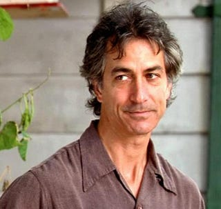 The team answers to Leigh Rosen (David Strathairn), a psychiatrist who has an unfortunate habit of speaking in therapist-speak and is also a manipulative ... - 17iu06al0re5sjpg