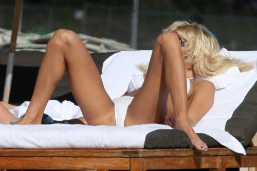 Swedish Model Victoria Silvstedt Is Ready For The Holidays!