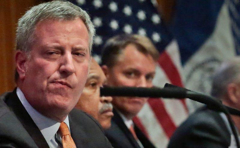 Three Top Staffers Leave City Hall Amid Federal Investigation into de Blasio Administration