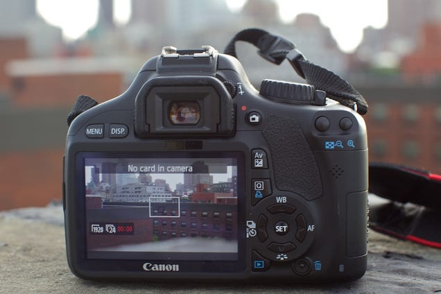 Canon Rebel T2i Review: This Should Be Your First DSLR