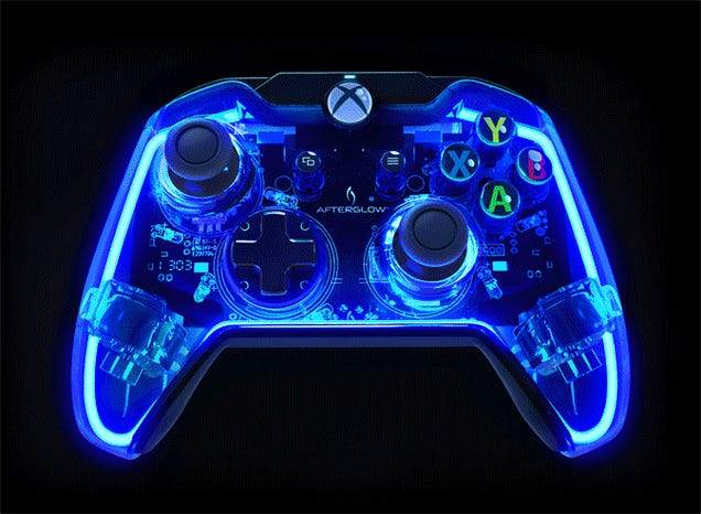 Xbox One Controller's Rainbow Lights Are So Pretty