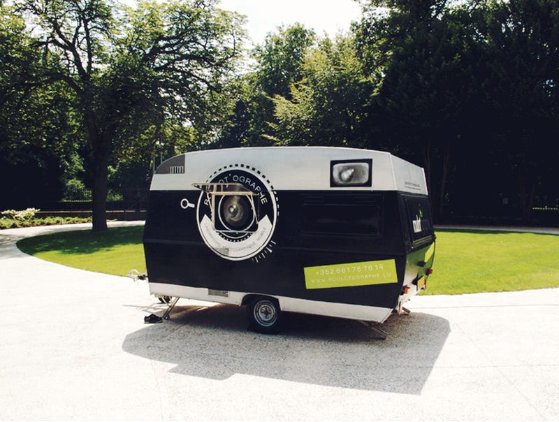 Come Learn Photography In This Camera Obscura Van