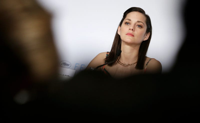 Marion Cotillard Seems Smart