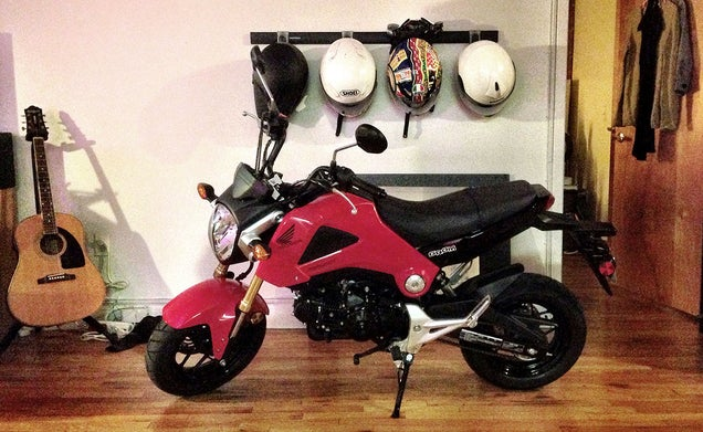 honda grom city commutes should always be this fun. Black Bedroom Furniture Sets. Home Design Ideas