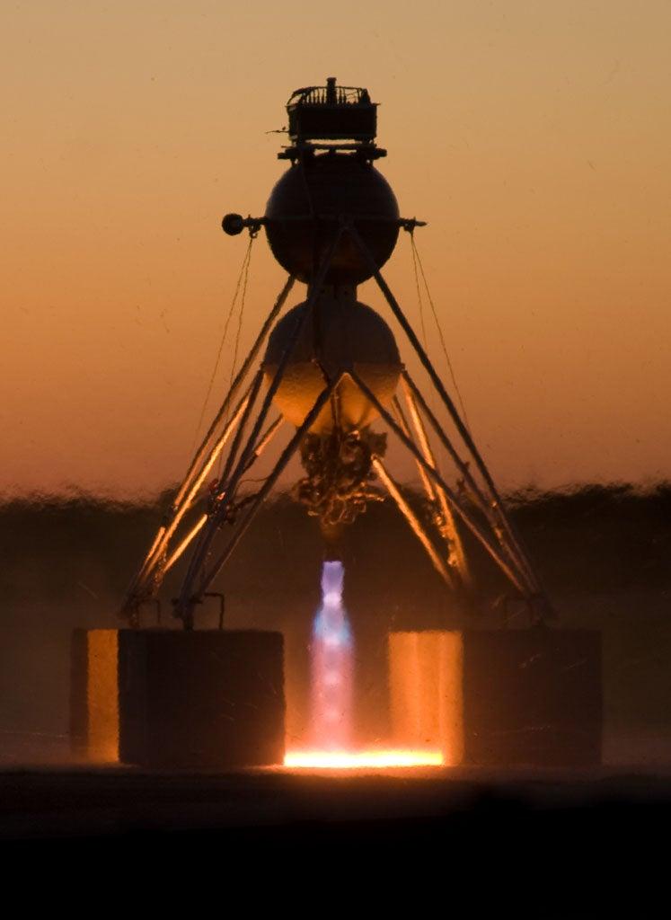 John Carmack's Armadillo Finally Wins Lunar Landing Challenge