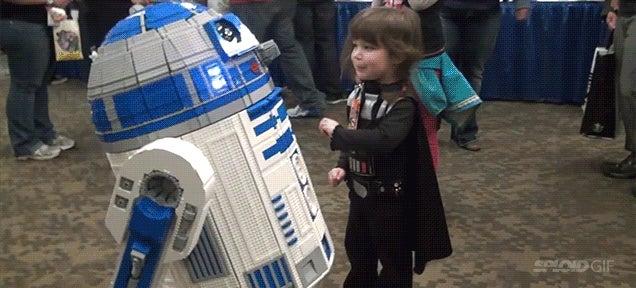 Fully functional, full size Lego R2-D2