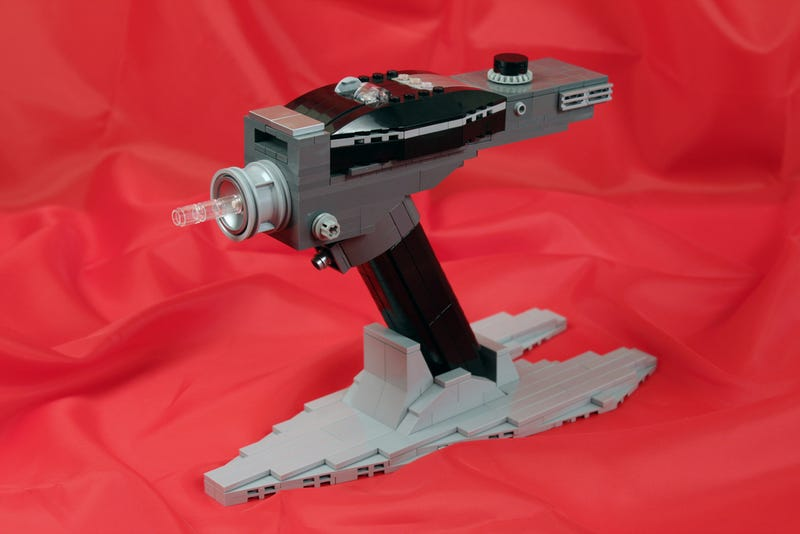 LEGO Star Trek equipment may not work, but is fascinating nonetheless