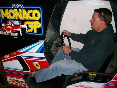 Digital Drive: Vintage Racing Arcade Games